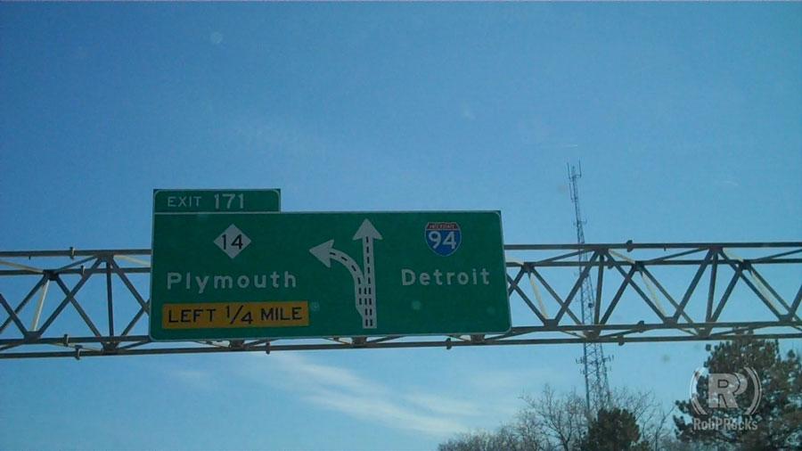 Detroit I-94 sign